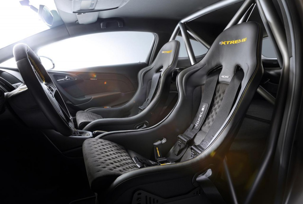 Opel Astra OPC Extreme 6